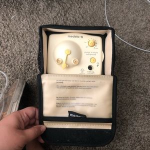 Medela Advanced Pump In Style Breast Pump